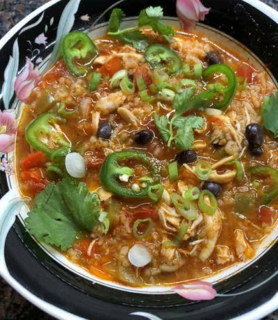 Flavorful chicken fajita soup made with fresh ingredients and is so easy to prepare in Instant Pot